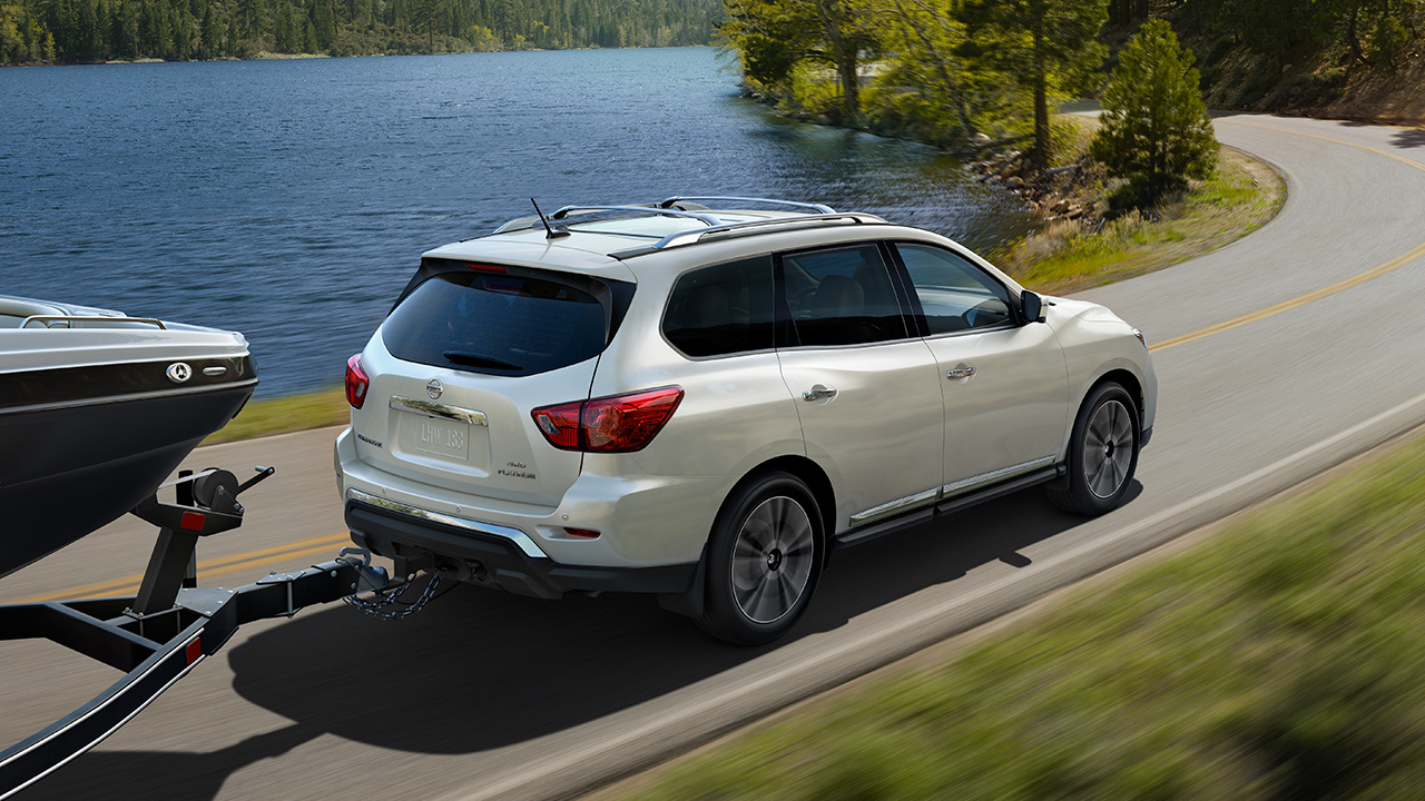 2018 Nissan Pathfinder White Exterior Towing