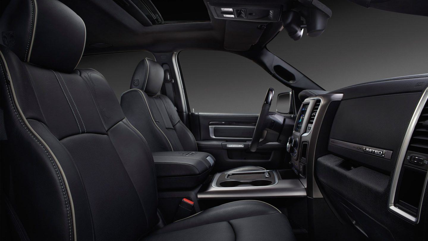 2018 Ram 2500 Front Interior Seating