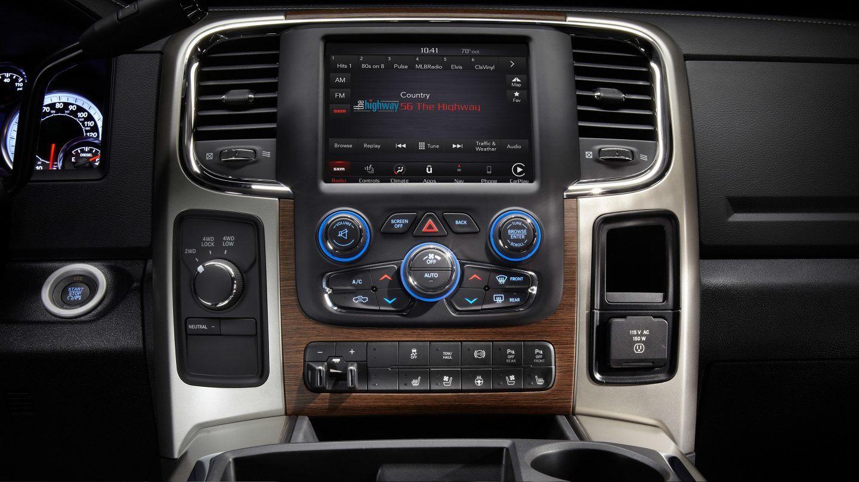 2018 dodge 3500. modren dodge 2018 ram 3500 dashboard interior with dodge