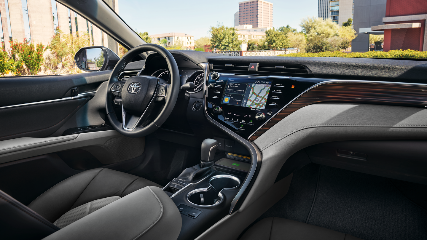 2018 Toyota Camry Gray Wood Leather Interior.png