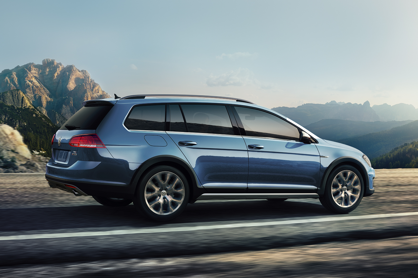 2018 Volkswagen Golf Alltrack Rear Blue Exterior