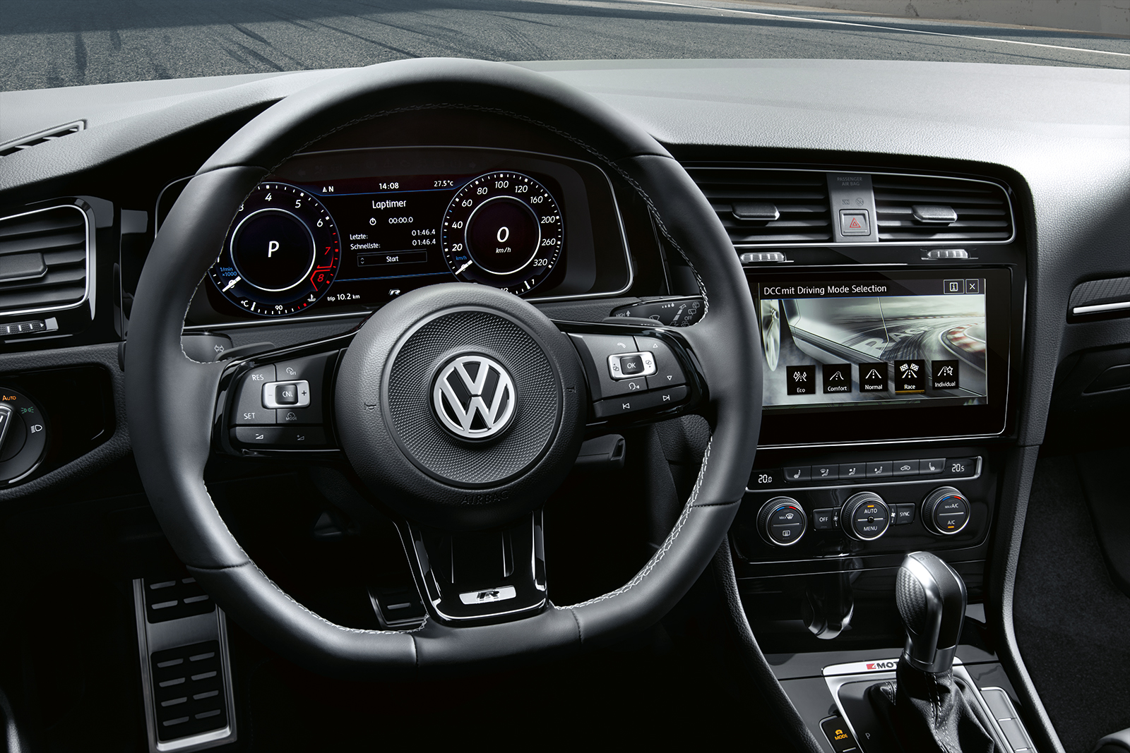 2018 Volkswagen Golf R Dashboard Interior