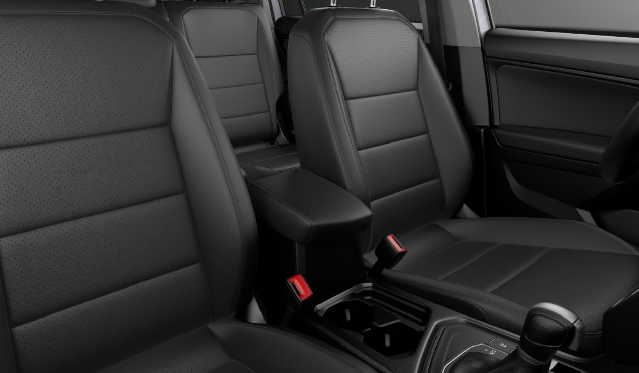 2018 Volkswagen Tiguan SEL Seating Interior