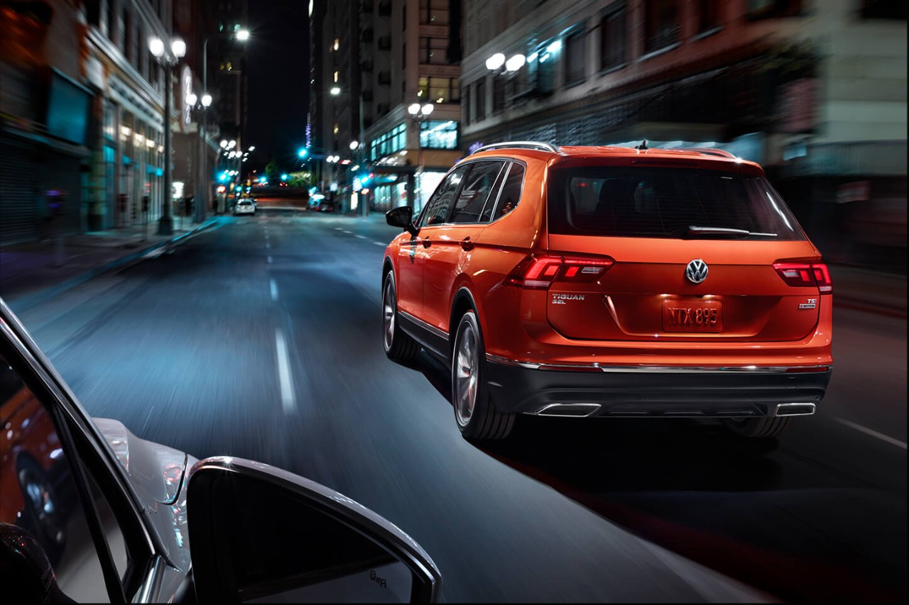2018 Volkswagen Tiguan Orange Rear Exterior.jpeg