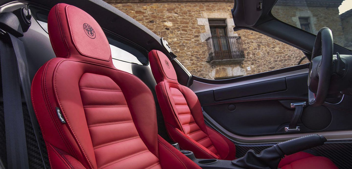 2019 Alfa Romeo 4C Spider Red Black Interior