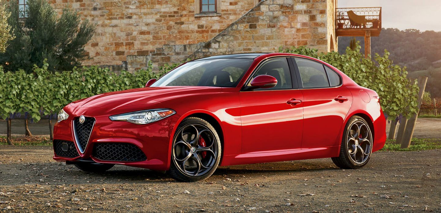 2019 Alfa Romeo Giulia Red Exterior Side View Picture