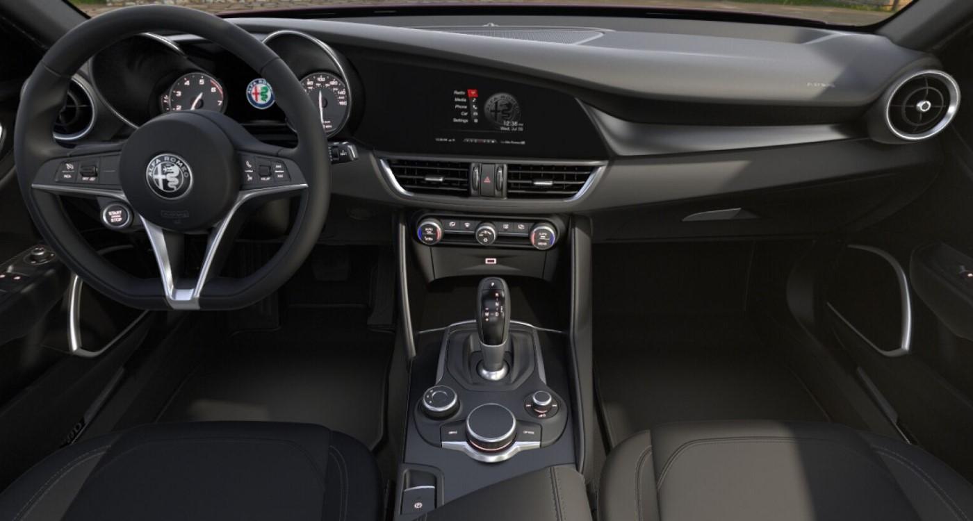 2019 Alfa Romeo Giulia Sport AWD Front Interior Picture