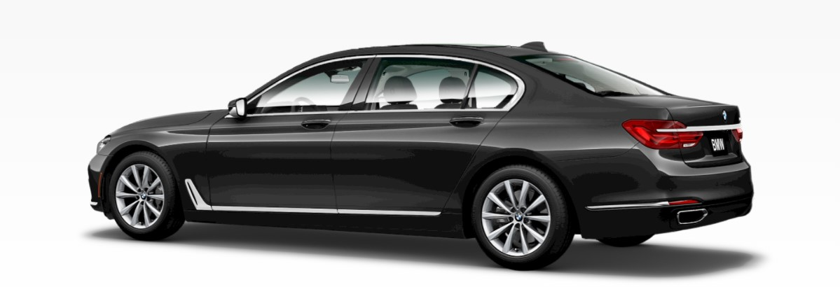2019 BMW 740i Dark Graphic Metallic Rear Exterior
