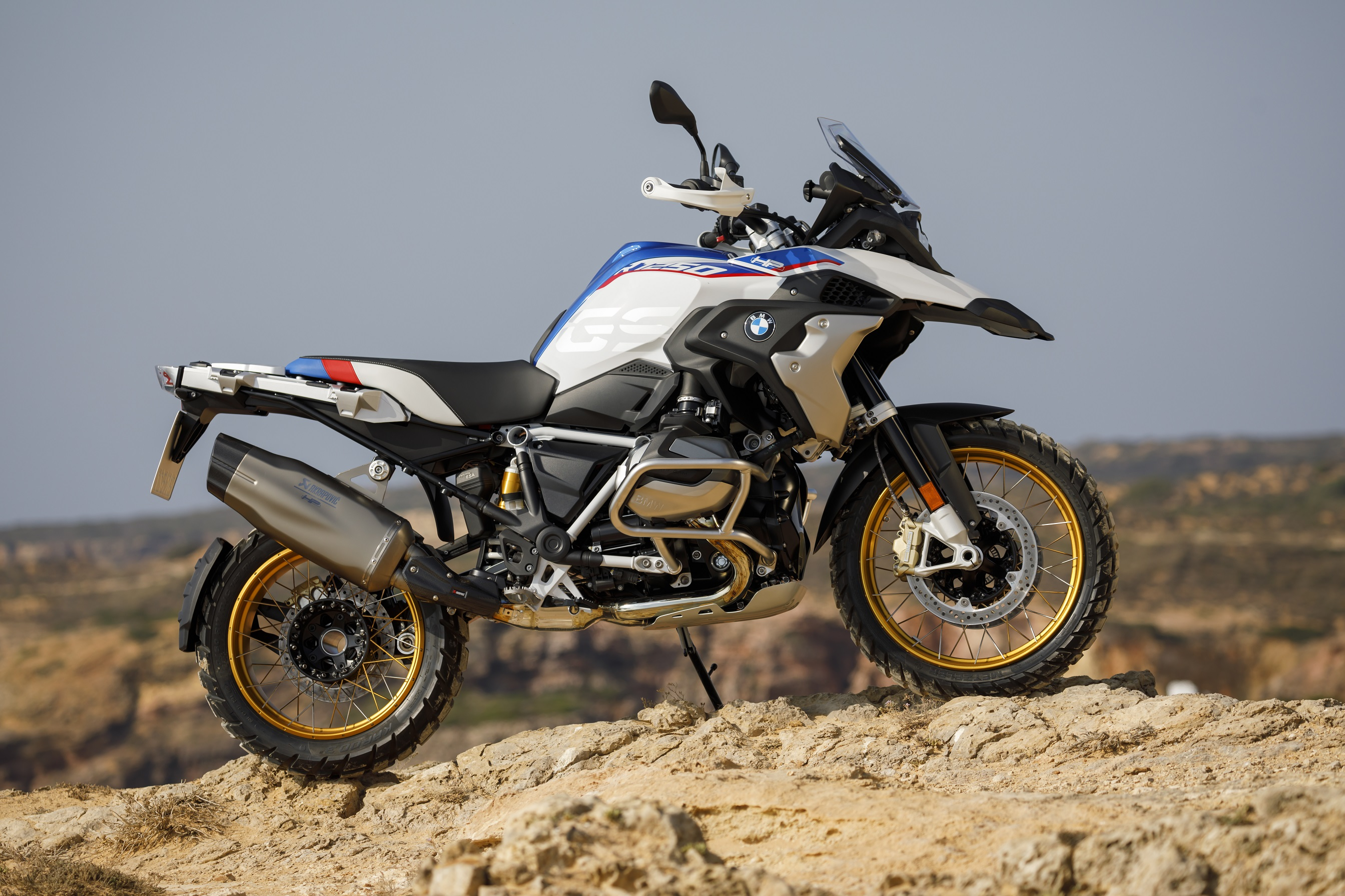 2019 BMW R1250GS Front Side Exterior Picture 2