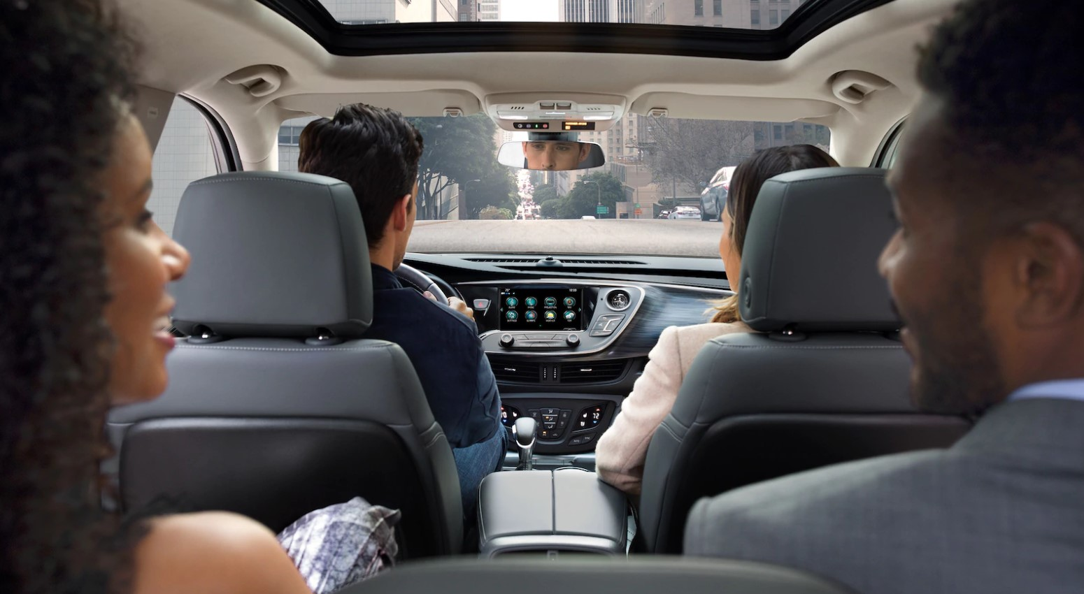 2019 Buick Envision Interior Seating and Dashboard Picture