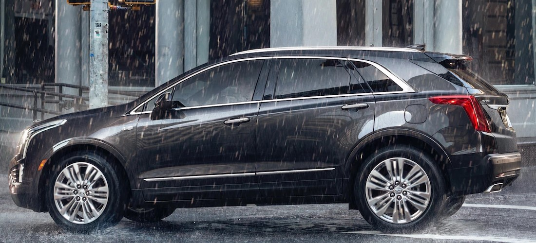 2019 Cadillac XT5 Black Exterior Side Profile