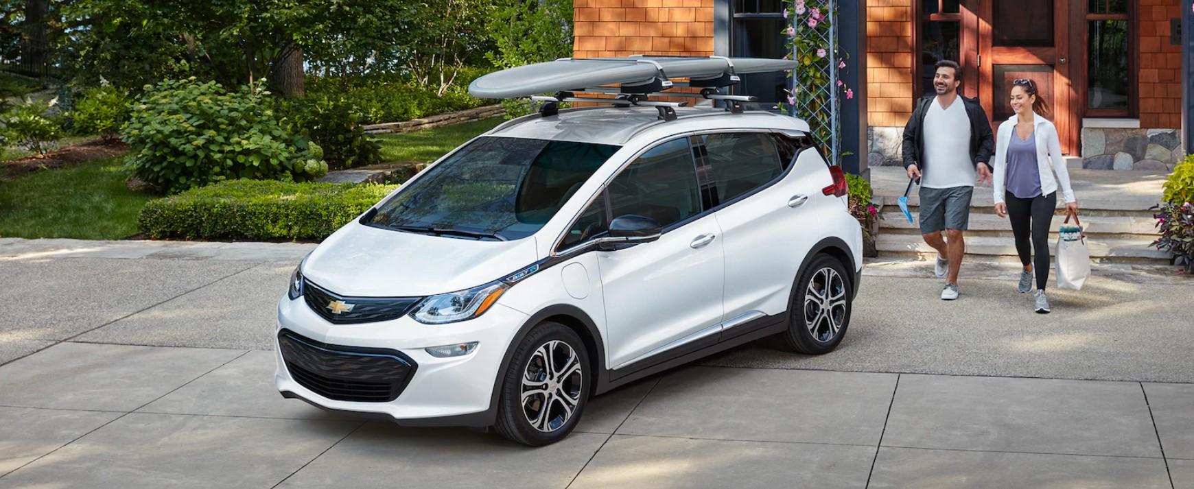 2019 Chevrolet Bolt White Front Exterior