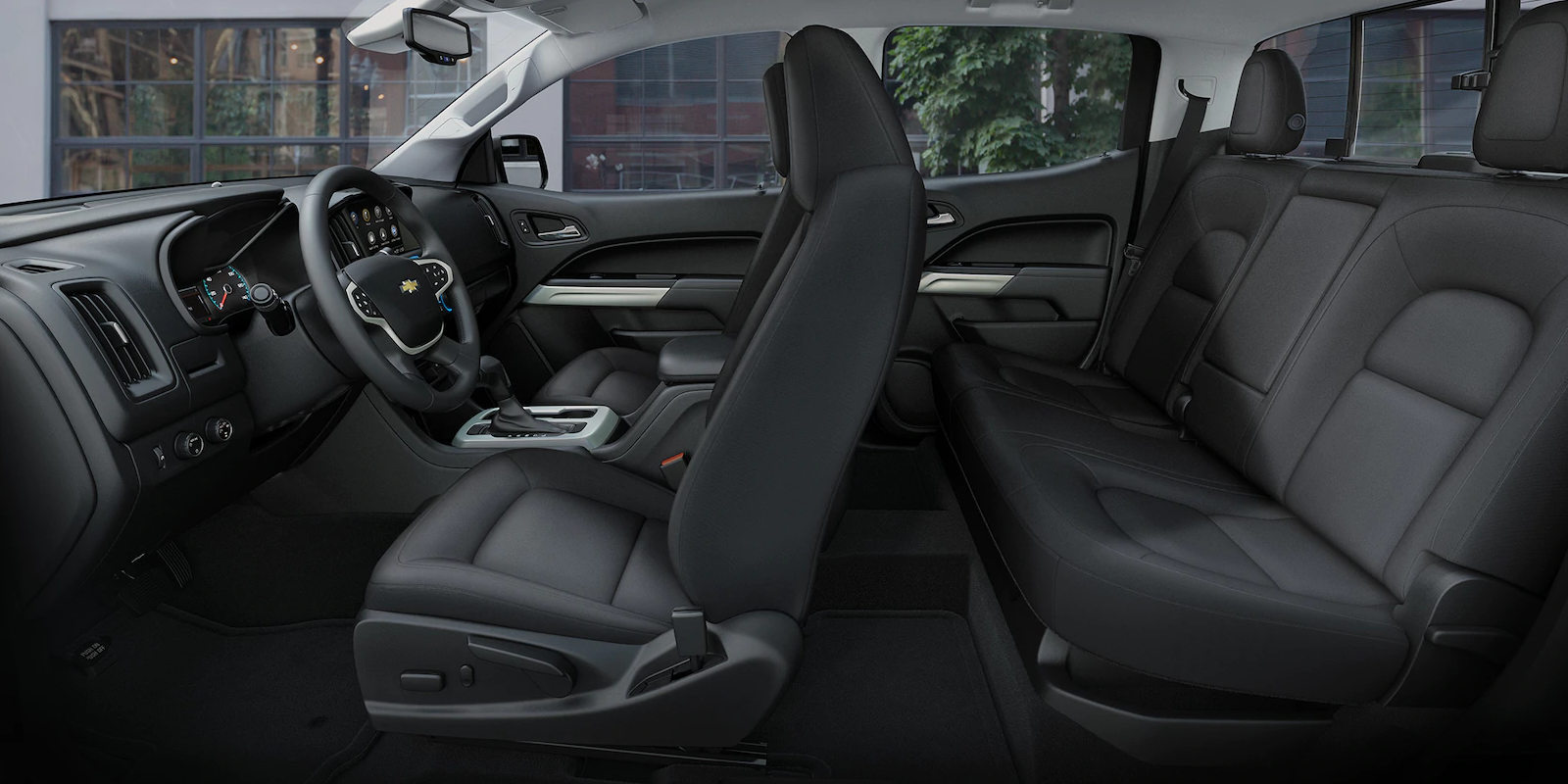 2019 Chevrolet Colorado Front Interior Picture.png