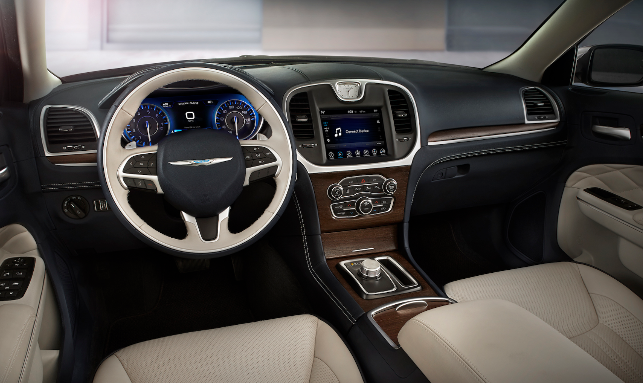 2019 Chrysler 300 Gray Front Interior Picture