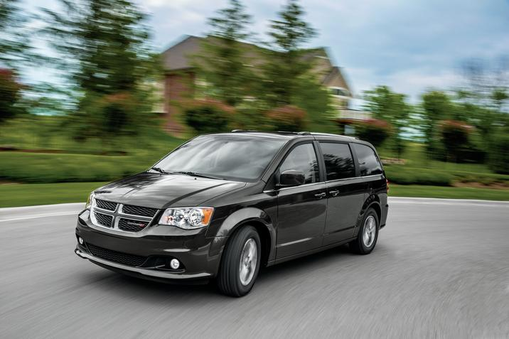 2019 Dodge Grand Caravan Black Exterior Front View