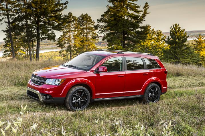 2019 Dodge Journey Red Exterior Side Picture