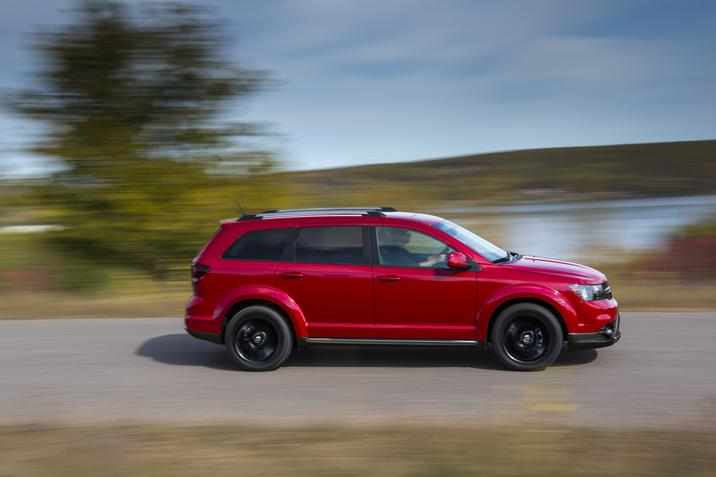 2019 Dodge Journey Red Exterior Side Profile Picture