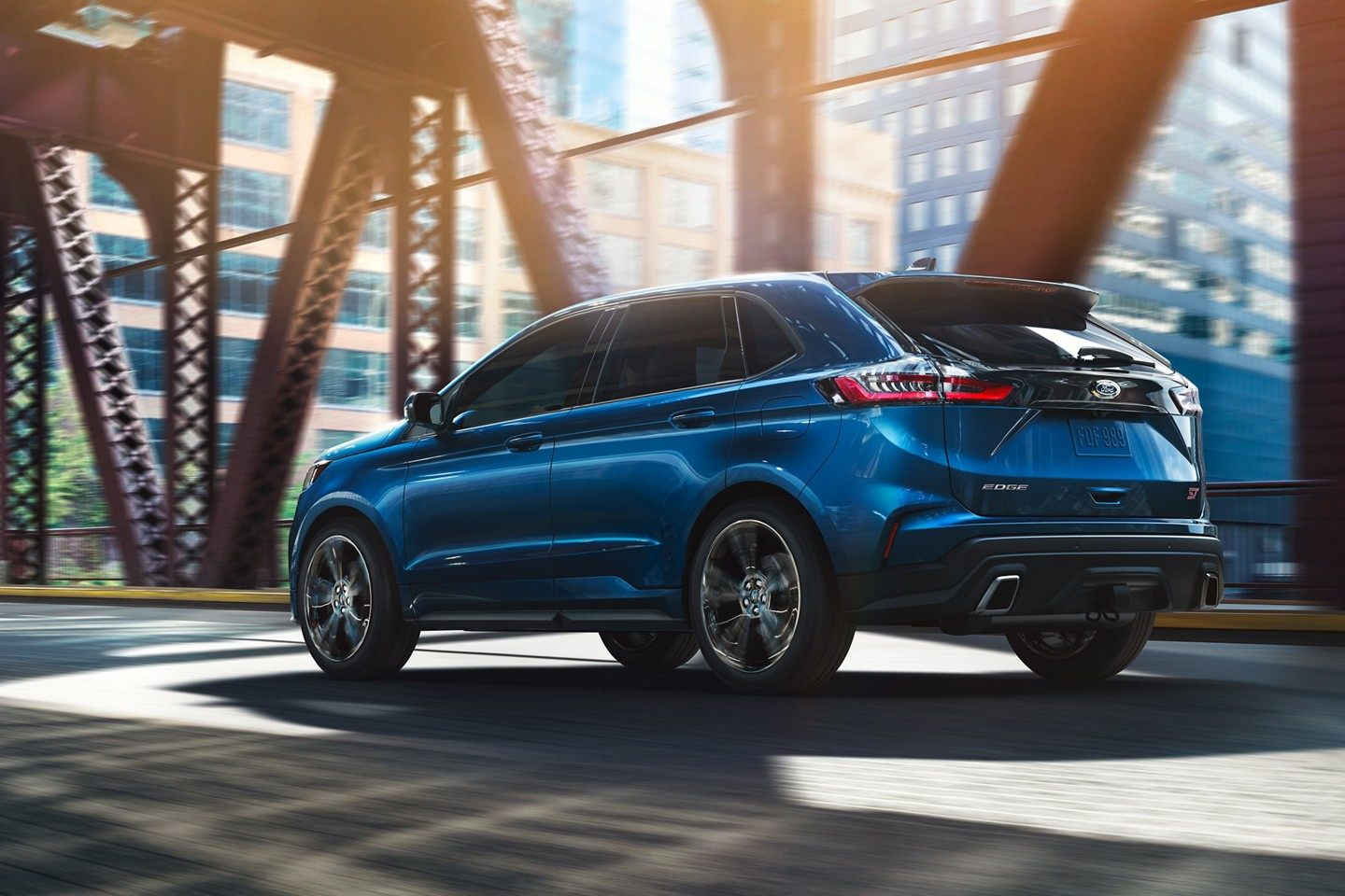 2019 Ford Edge Performance Blue Exterior Side Picture