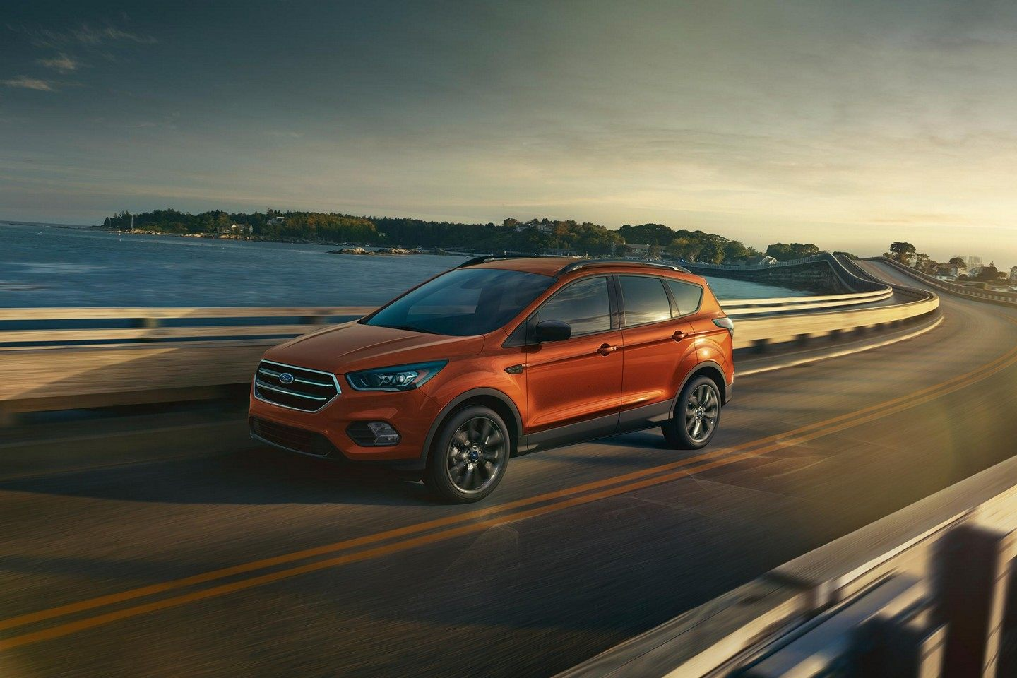2019 Ford Escape Orange Exterior Side Picture