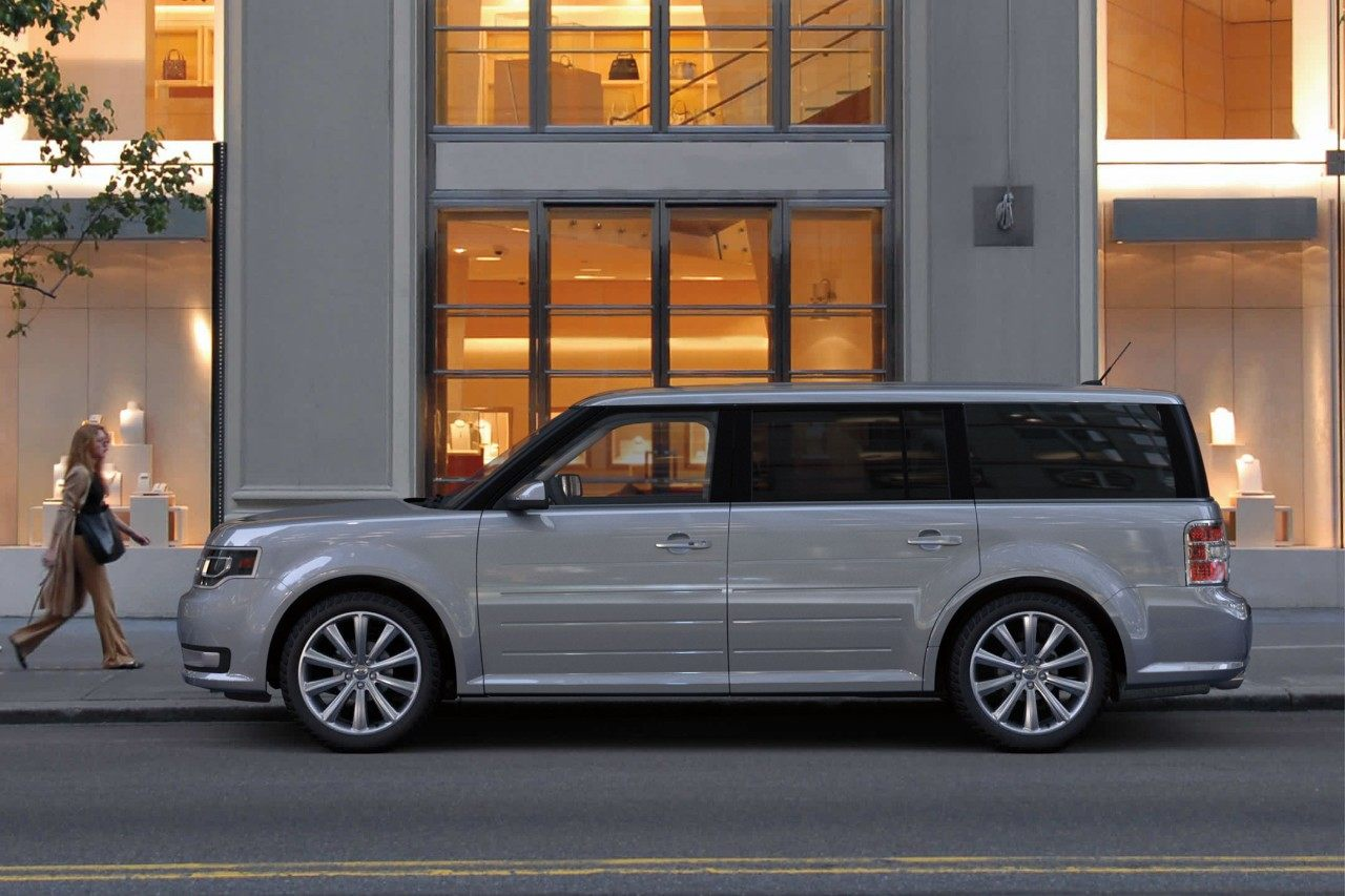 2019 Ford Flex White Exterior Side View