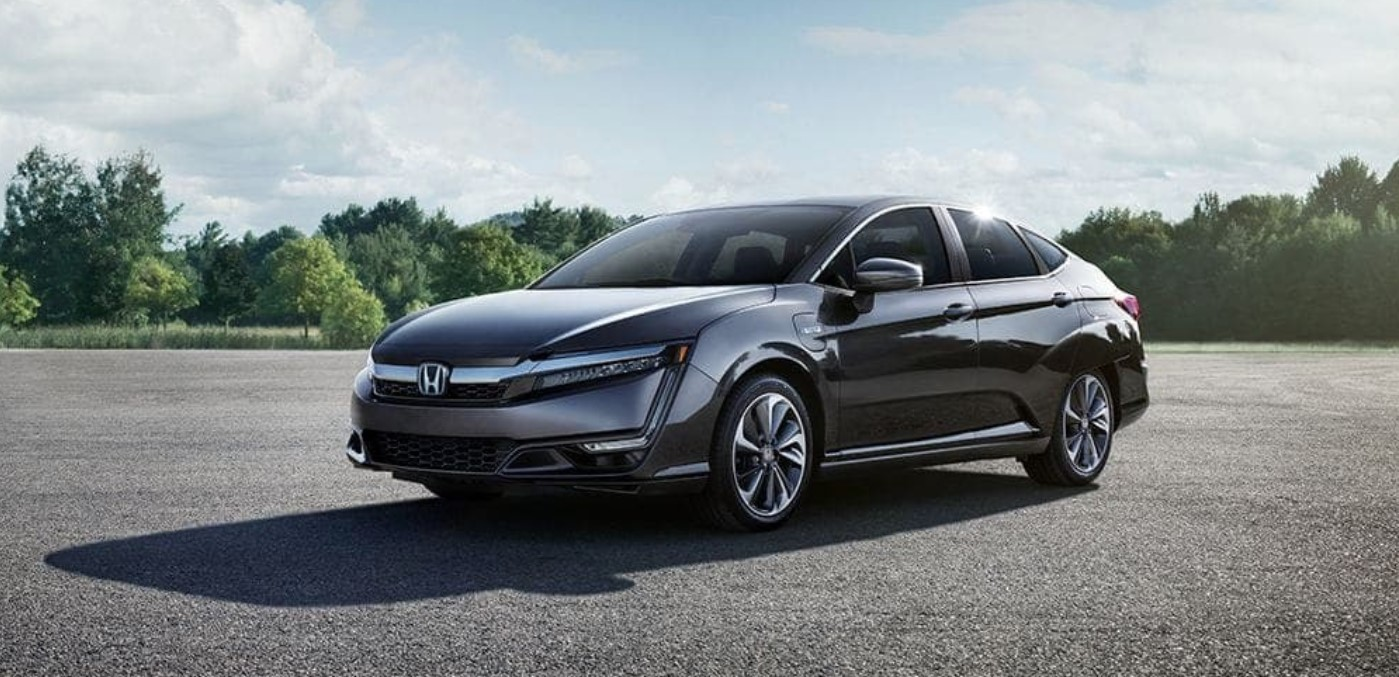 2019 Honda Clarity Plug-In Hybrid Parked Gray Exterior