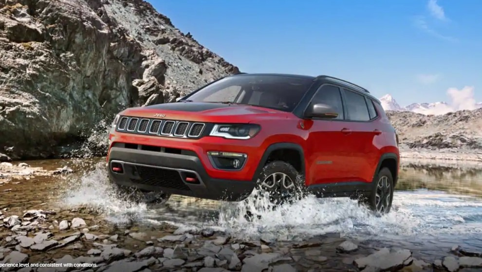 2019 Jeep Compass Trailhawk Waterfording Exterior