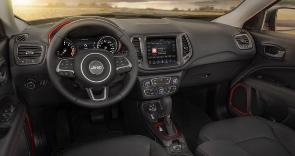2019 Jeep Compass Dashboard Interior