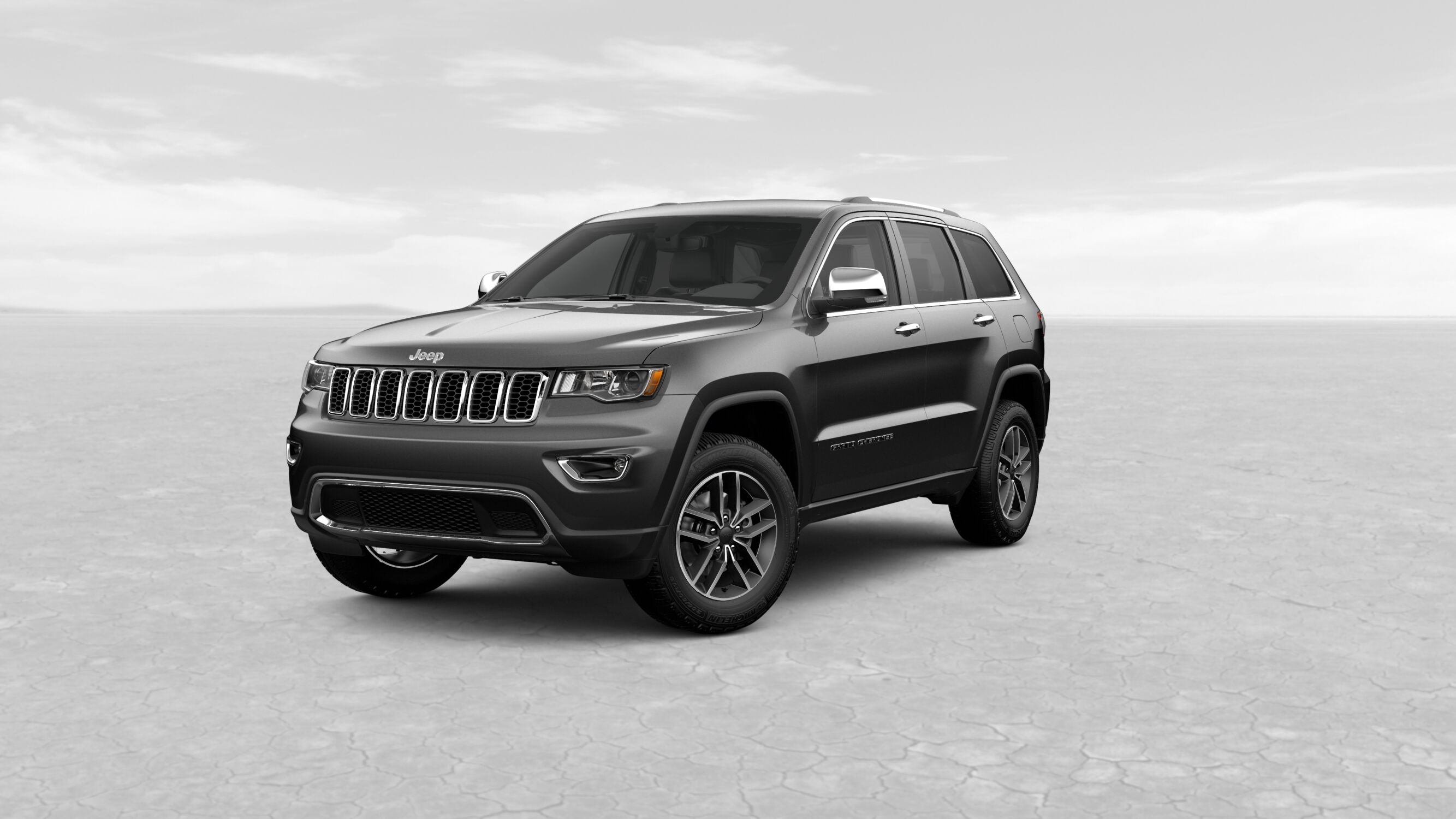 2019 Jeep Grand Cherokee Limited Gray Exterior Front View
