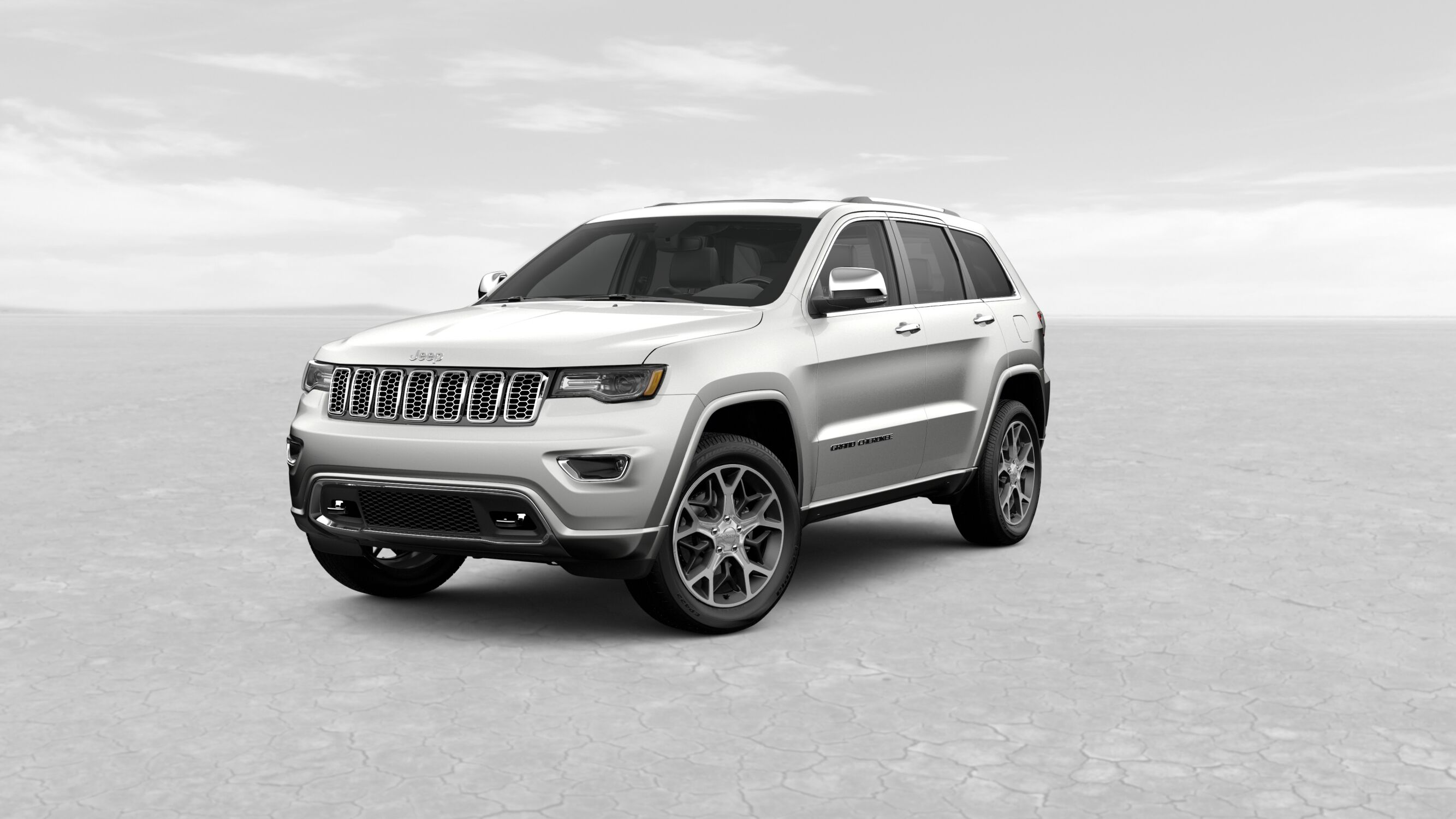 2019 Jeep Grand Cherokee Overland Ivory White Exterior Front View