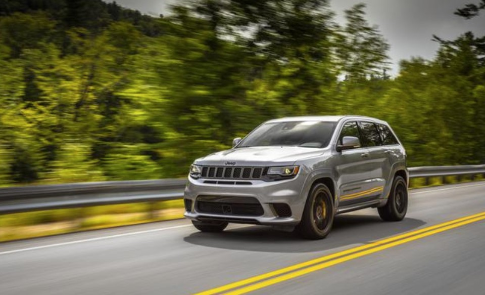 2019 Jeep Grand Cherokee Front Silver Exterior