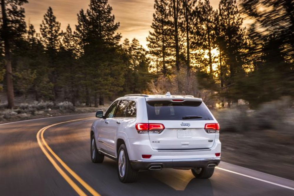 2019 Jeep Grand Cherokee Rear White Exterior