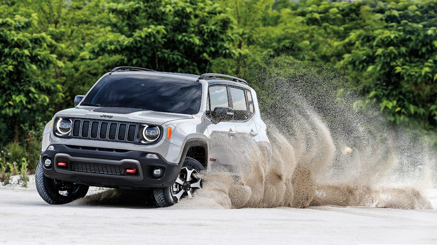 2019 Jeep Renegade Trailhawk Gray Exterior Front View