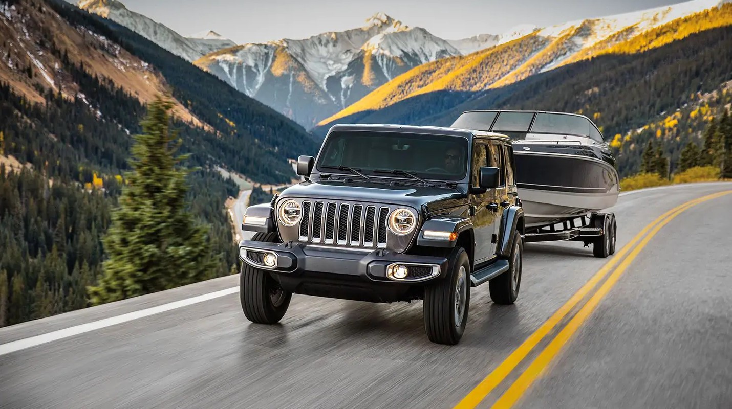 2019 Jeep Wrangler Unlimited Front Gray Exterior Towing