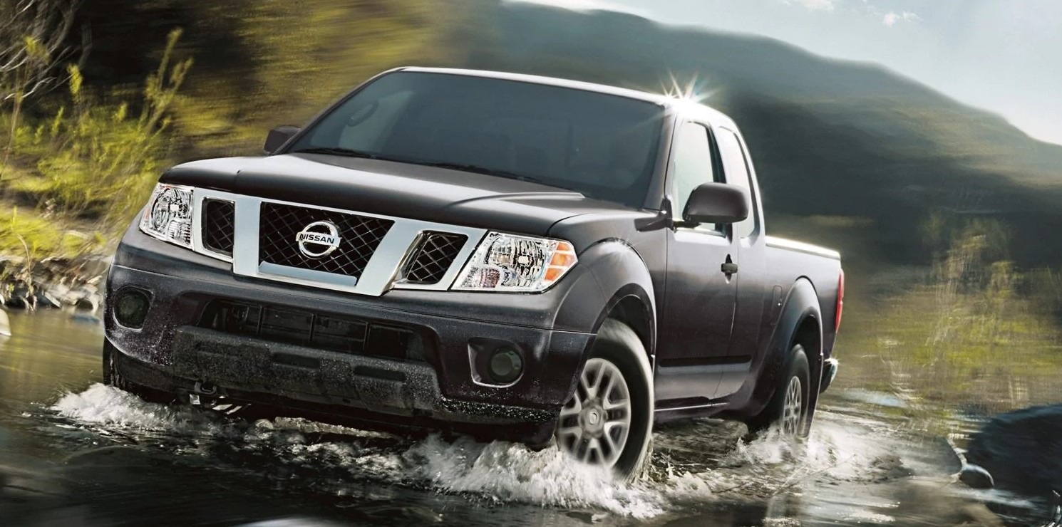 2019 Nissan Frontier Gray Exterior Front View Off-Road