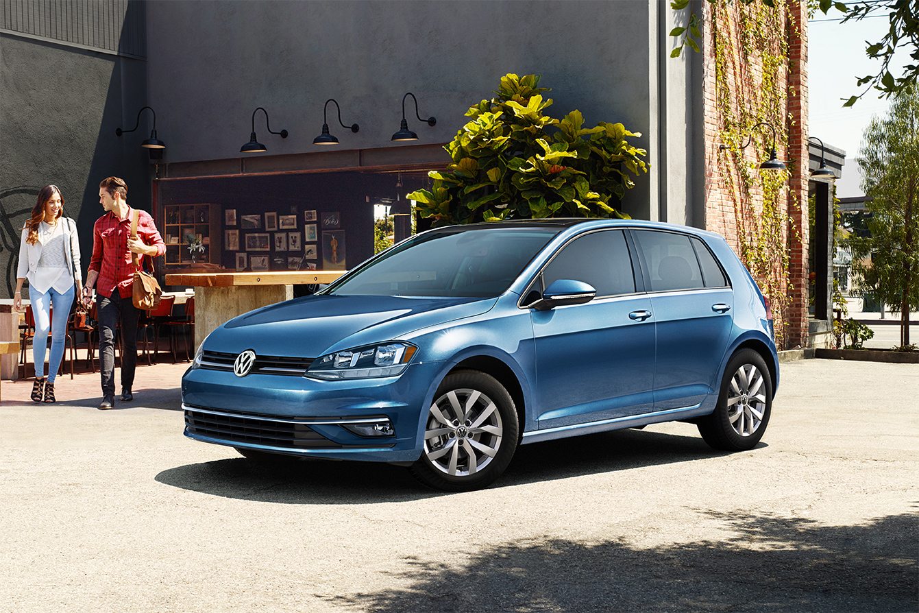 2019 Volkswagen Golf Silk Blue Exterior Front View