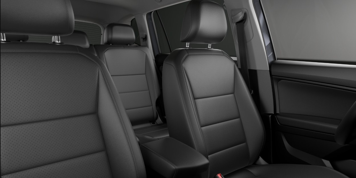 2019 Volkswagen Tiguan SEL Seating Interior