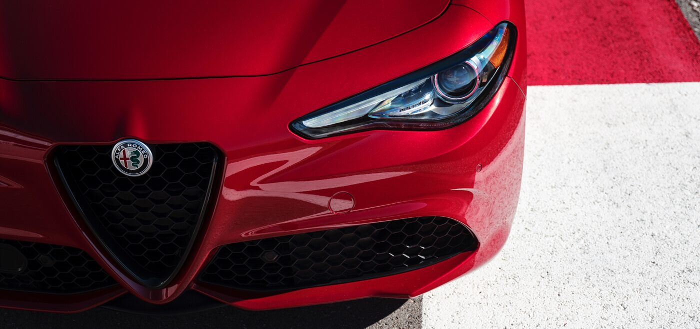 2020 Alfa Romeo Giulia Red Exterior Front Grille Picture