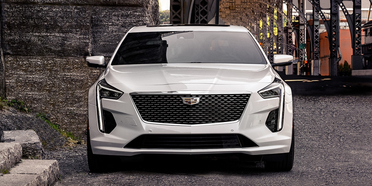 2020 Cadillac CT6 White Exterior Front Profile