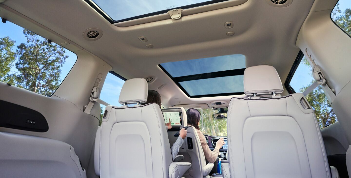 2020 Chrysler Pacifica Black Interior Seating and Cargo