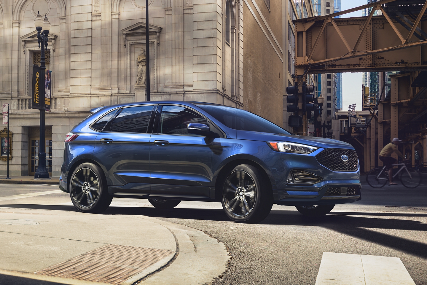2020 Ford Edge Front Blue Exterior Picture
