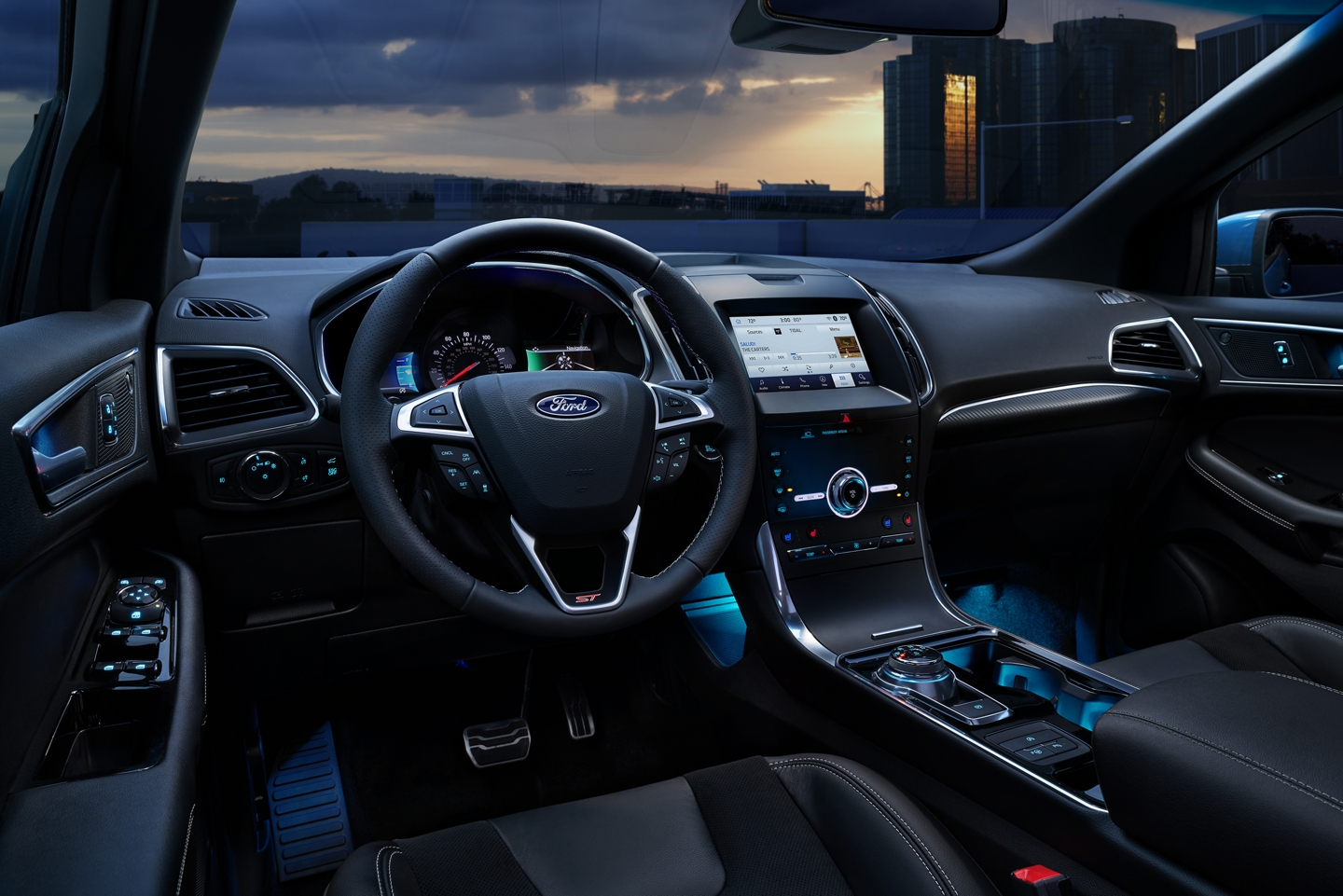 2020 Ford Edge Front Interior Dashboard Picture