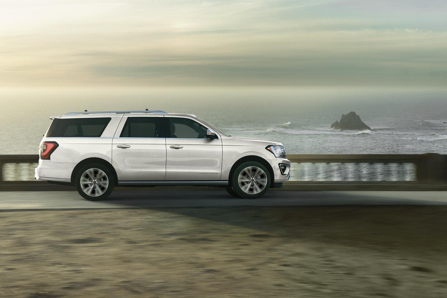 2020 Ford Expedition Max White Exterior Side View