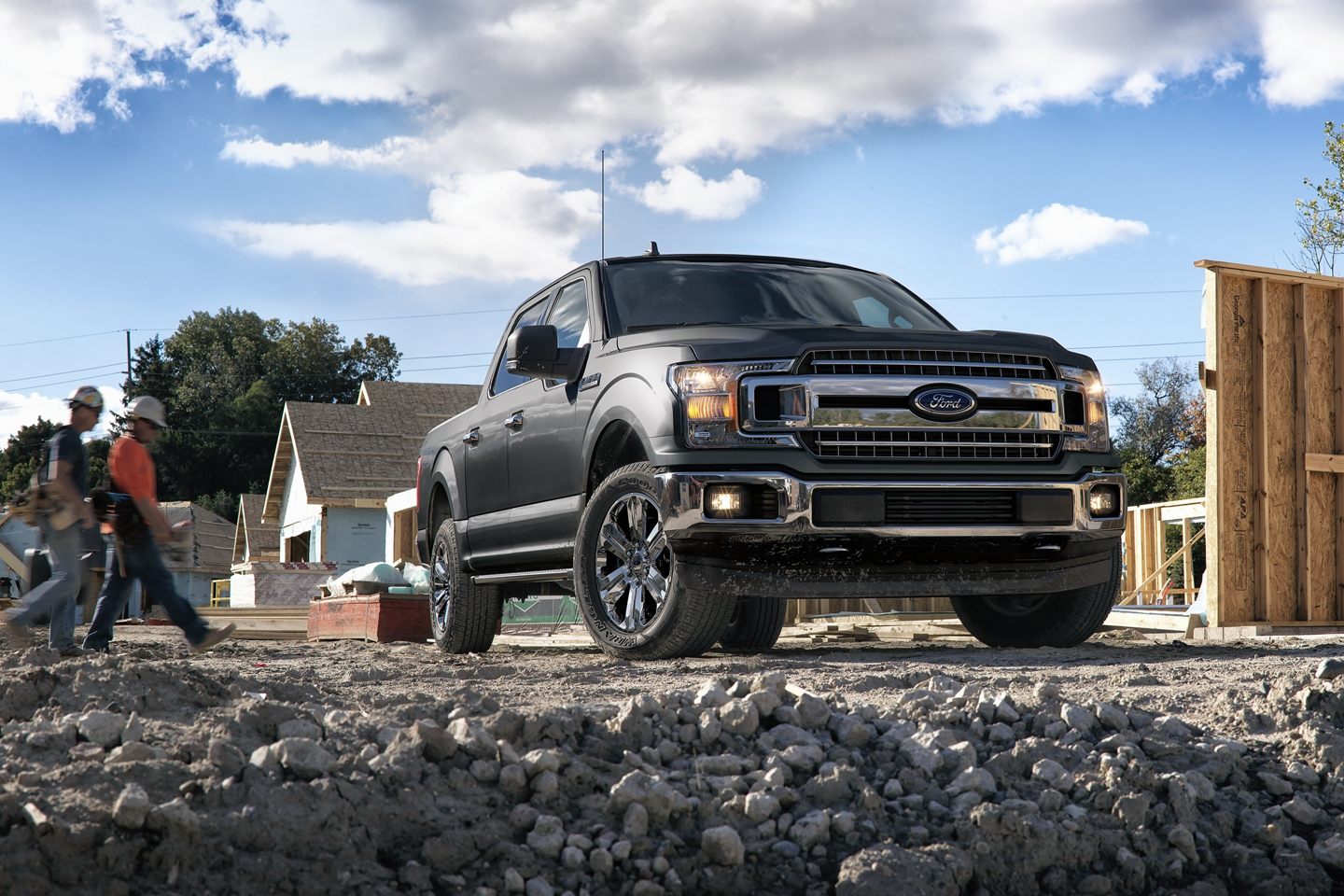 2020 Ford F-150 Front Black Exterior Picture
