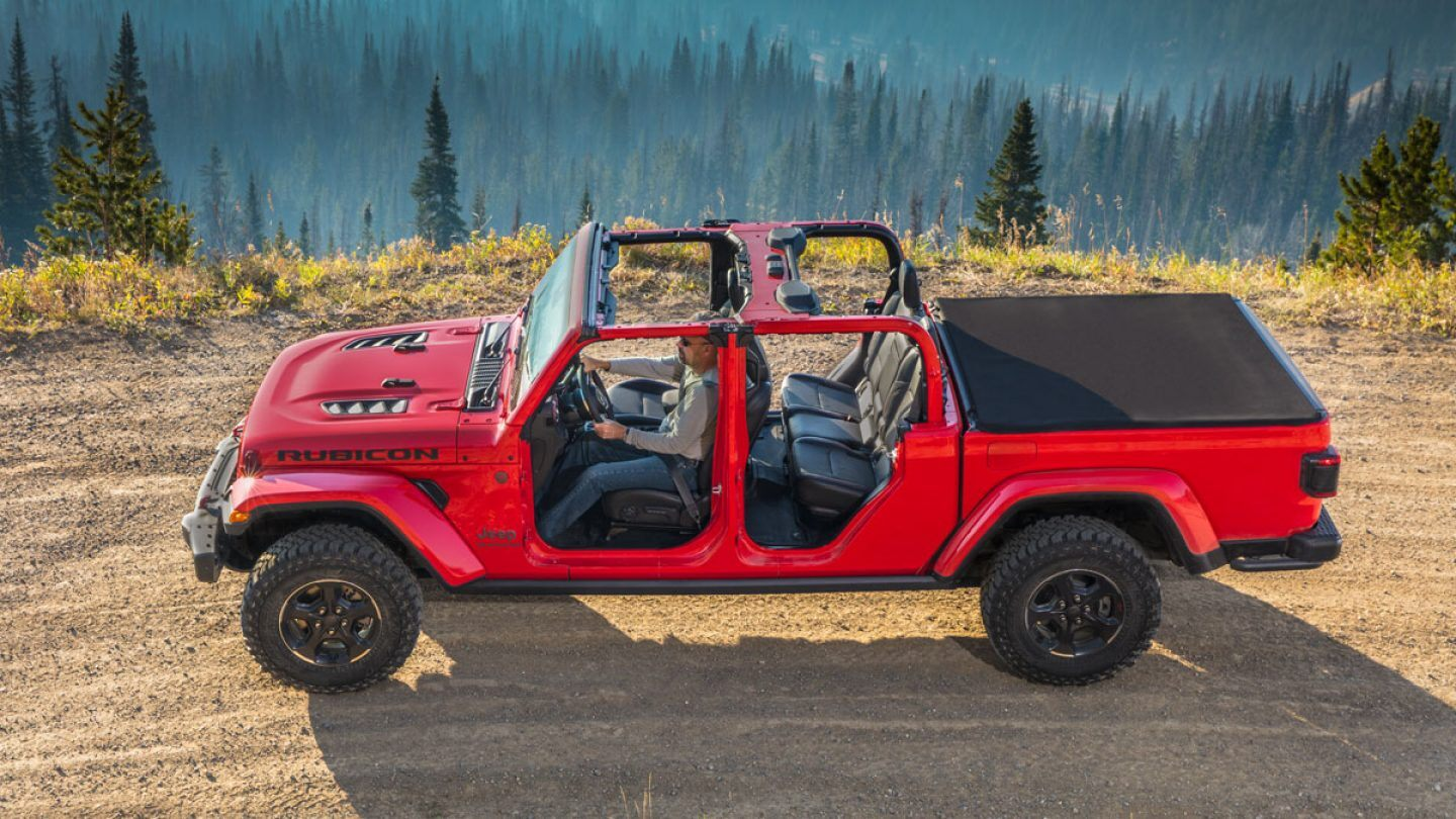 2019 Jeep Gladiator Rubicon Red Exterior Side View