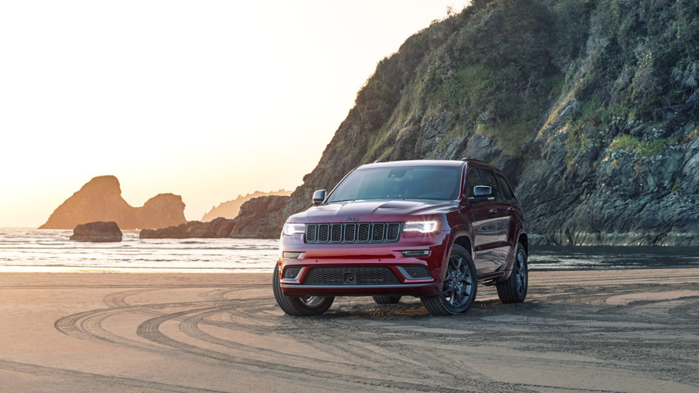 2020 Jeep Grand Cherokee Front Red Exterior