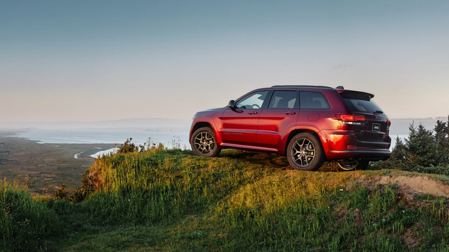 2020 Jeep Grand Cherokee Rear View Red Exterior