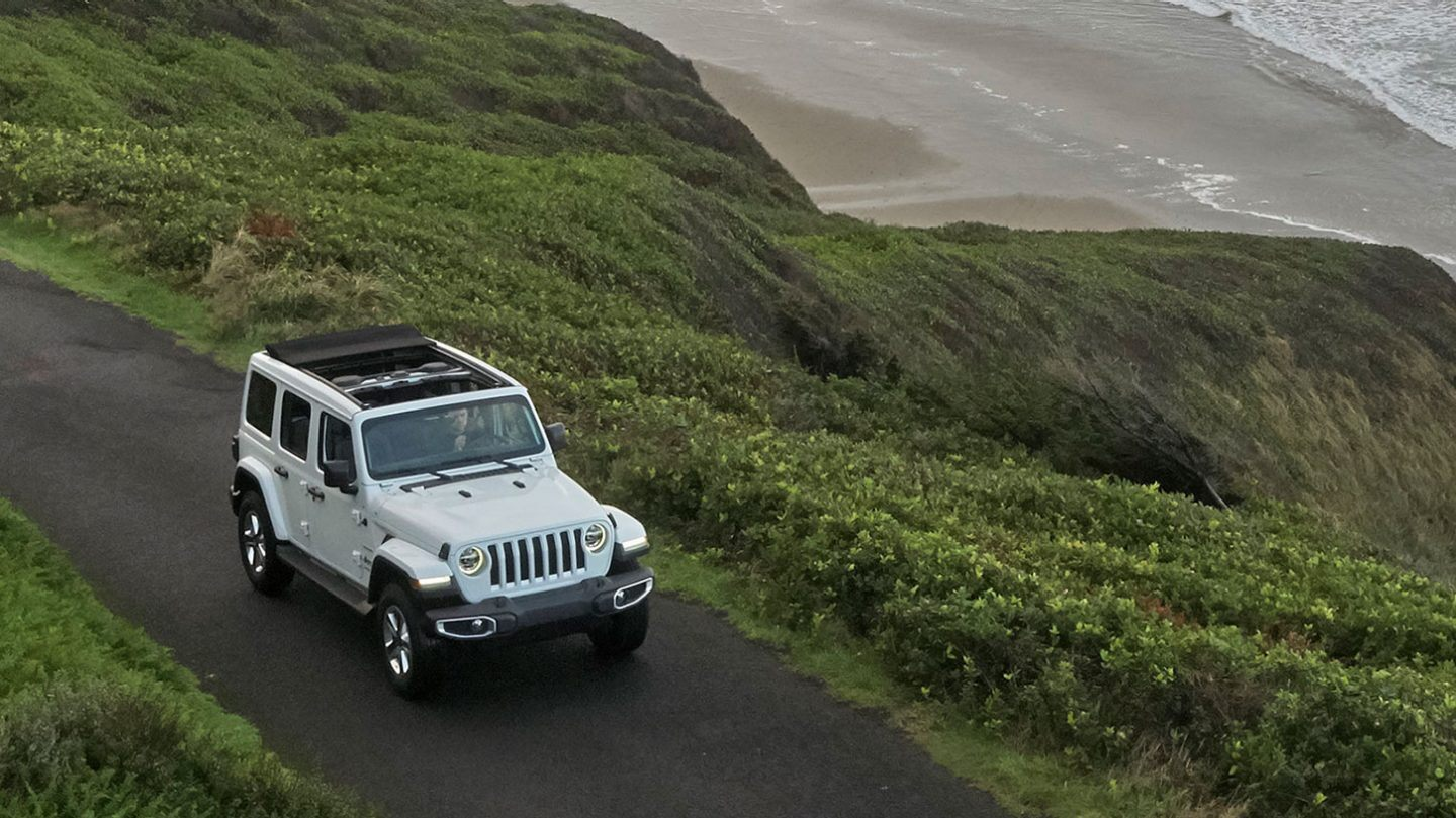 2020 Jeep Wrangler Unlimited Front Exterior White Picture