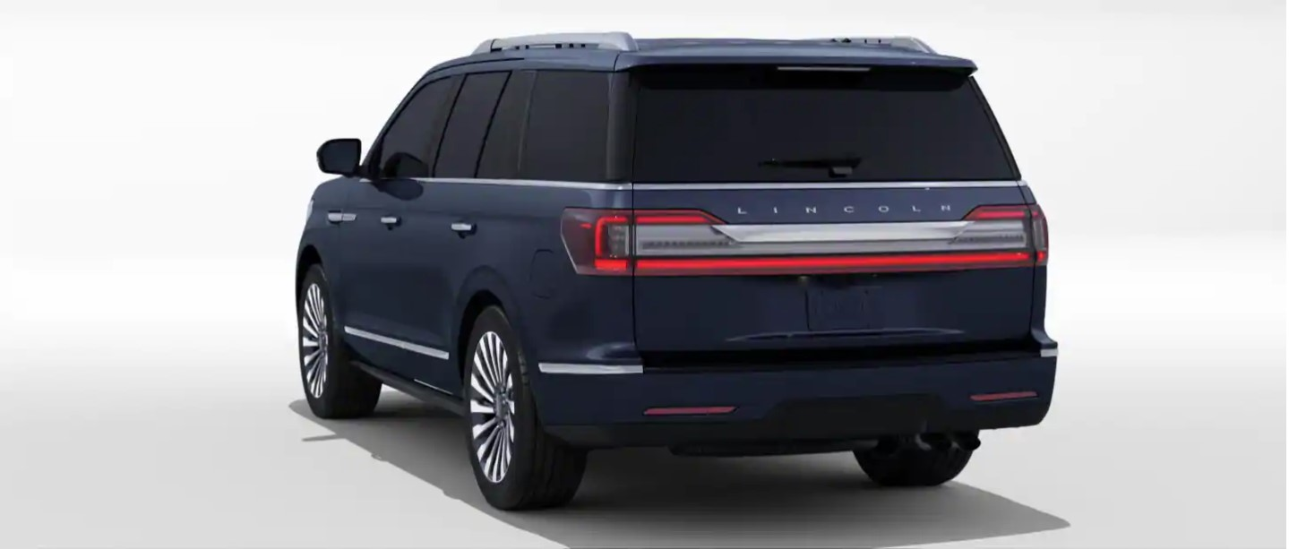2020 Lincoln Navigator L Rear View Blue Exterior Picture