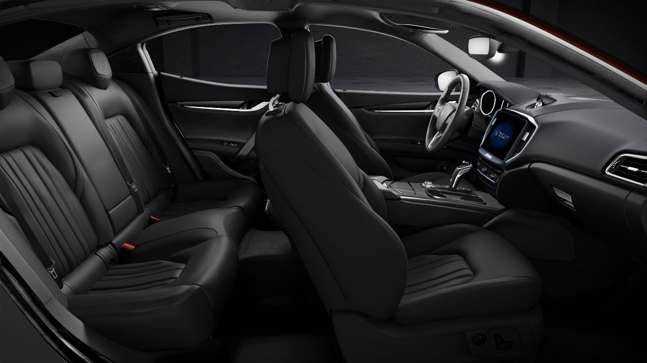 2020 Maserati Ghibli S Side View Interior Seating Picture