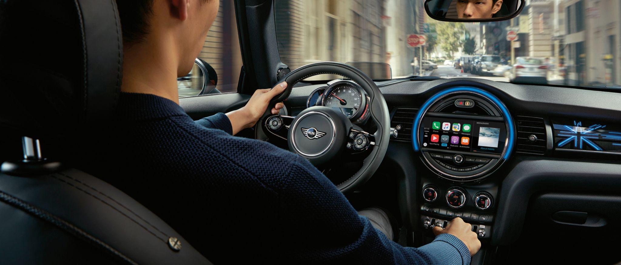 2020 Mini Cooper Hardtop 2 Door Front View Interior Dash Picture